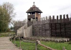 Бискупин # Выдающееся Бискупинское городище-pic03